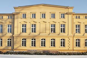 Die neue Hauptverwaltung der VR-Bank Schwerin ist in der ehemaligen Werderklinik untergebracht⇥Fotos: Knauf AMF