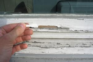 Oft werden Eigentümer erst aktiv, wenn Schmutz oder Schadstellen deutlich sichtbar sind