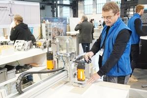 Joachim Bock zweigt die Arbeit mit dem PFT Boardmaster<br />