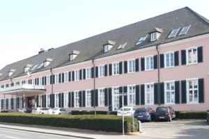 Im Wiesbadener Rheingaupalais befindet sich heute die Firmenzentrale der SGL Group<br />Fotos (4): Saint-Gobain Rigips
