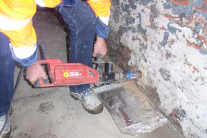 Bohrkerne wurden zur genauen Untersuchung des Ziegelmauerwerks gezogen<br />
