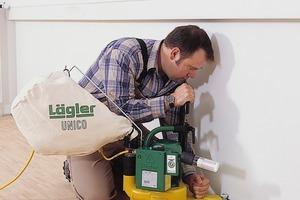 """Bei der Arbeit mit der Randschleifmaschine muss immer in kreisenden Bewegungen gearbeitet werden. Die Schleifmittel werden dabei identisch zur Arbeit mit der """"Hummel"""" eingesetzt<br />"""
