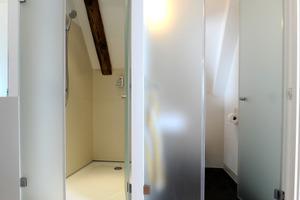 Dusche und WC im Dachgeschoss<br />
