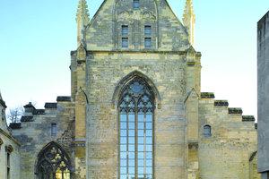 Von außen sieht man der Dominikanerkirche in Maastricht die neue Nutzung als Buchhandlung nicht an