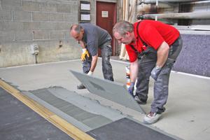 """Fermacell und Sopro haben durch umfangreiche Untersuchungen und Versuche Lösungen zur Verlegung von keramischen Großformaten auf Trockenestrichen entwickelt<span class=""""bildnachweis"""">Foto: Sopro</span>"""
