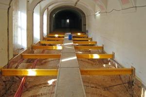 Die beschädigten Gewölbe befreiten die Handwerker von Einbauten und setzten zur statischen Sicherung eine Zugankerkonstruktion ein<br />