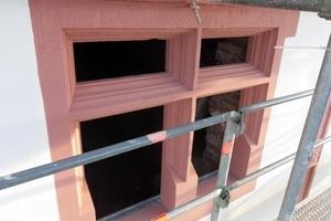 Sandstein der Kreuzstockfenster nach Abschluss der Restaurierungsarbeiten