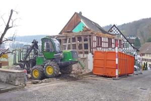 Der Großteil des zweigeschossigen Fachwerkhauses wurde abgerissen