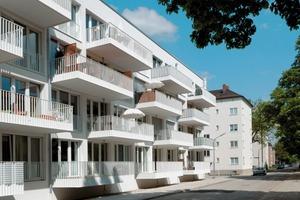 """Der Sonderpreis """"Freiraumgestaltung im Wohnungsbau"""" ging an die Aufwertung des Quartiers am Piusplatz durch die GEWOFAG München Foto: Ingrid Scheffler<br />"""