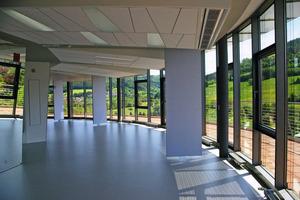 Blick in die siebente Etage der Firmenzentrale von OWA in Amorbach<br />Fotos: Thomas Wieckhorst<br />