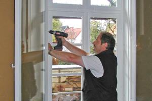 Die historischen Fenster des Drostenhauses in Rietberg wurden restauriert und aus energetischen Gründen zu Kastenfenstern umgebaut