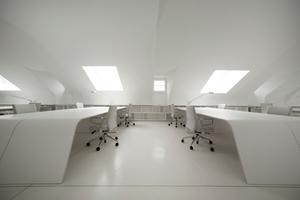 Das Gemeinschaftsbüro bietet Platz für bis zu 22 Mitarbeiter. Es ist ein Showroom der Immobilienfirma Icade Reim GmbH<br />