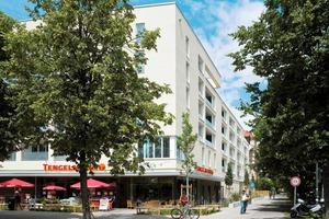 Wohn- und Geschäftshausvon in München vom Büro Zwischenräume Architekten Foto: Roland Weegen