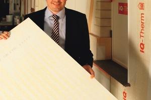 Marktreife Systemidee: Dirk Sieverding, geschäftsführender Gesellschafter der Remmers Baustofftechnik, traut dem patentierten iQ-Therm-Innendämmsystem ein großes Entwicklungspotential zu<br />