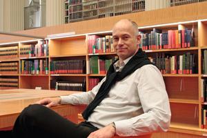 Thomas Wieckhorst, Chefredakteur der bauhandwerk, in der Mitte März eröffneten Staatsbibliothek Unter den Linden in Berlin (ab Seite 10) Kontakt: 05241/801040