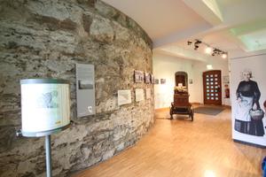 """Die Ebene """"Landschaft"""" erlaubt einen Blick auf das Arbeiten und Wohnen der Eifeler Siedler von den Kelten über die Römer bis zur Neuzeit"""