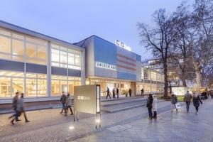 Heute befindet sich im 1957 von Bruno Grimmek nach einem Entwurf des Büros SOM Architects erbauten Berliner Amerika Haus die c/o-Fotogalerie Fotos: David von Becker
