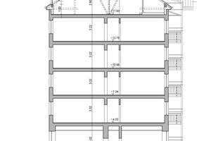 Schnitt durch das Gebäude nach der Sanierung, Maßstab: 1:300<br />Zeichnungen: Pro Bau