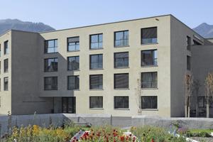 Das in Maienfeld neu errichtete Altersheim hat weder eine Vorder- noch eine Rückseite, sondern zehn gegeneinander versetzte Fassaden<br />Foto: Roger Frei