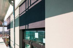 """Bei den Fassadenbereichen mit geringem Hellbezugswert kam das Dämmsystem """"Carbon Extra"""" zum Einsatz, das dank seiner Armierung mit Carbonfasern auch starke thermische Spannungen aufnimmt"""