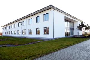 Der Neubau der BMG Labtech in Ortenberg ist ein kombiniertes Produktions- und Bürogebäude<br />Fotos: Fermacell