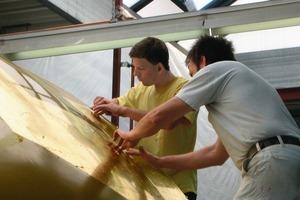 Vergoldung einer Kuppeloberfläche ohne Schutzlackierung für den arabischen Raum<br />