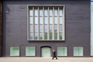 Die neu gestaltete Fassade der Kunsthalle in Recklinghausen – ein<br />ehemaliger Hochbunker<br />Fotos: Brillux