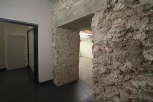 Mauerdurchbruch im Keller