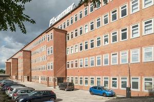 Das 1931 nach Plänen von Leo Lottermoser im Bauhausstil errichtet Arbeitsamt Berlin-Neuköln wurde 2013 zur Hauptstadt-Niederlassung eines Logistik-Unternehmens umgebaut