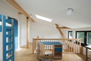 Blick in den oberen Teil eines Maisonette-Zimmers im aufgesetzten vierten Obergeschoss<br />Fotos: Fermacell<br />