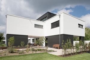 """Einfamilienhaus """"Mitte"""" ist mit 280 m<sup>2 </sup>Wohnfläche für eine fünfköpfige Familie das größte Einfamilienhaus der Wohnanlage<br />Fotos: Schlagmann Poroton"""