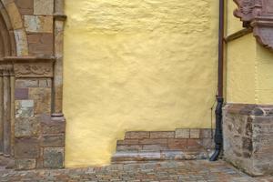 Fertige Putzfläche an der Lemgoer St. Nicolai Kirche