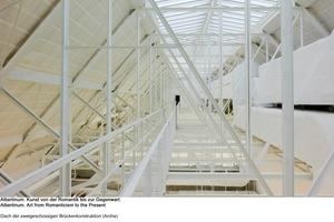 Blick in das zweigeschossige Brückenbauwerk<br />