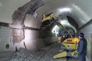 Im ersten Arbeitschritt wurden die alten Fliesen abgefräst und der Beton entfernt<br />Foto: HC Hagemann