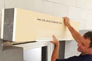 Der Jalousiekasten lässt sich mühelos und wärmebrückenfrei einbauen