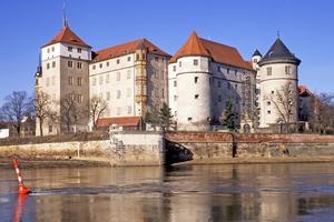 """Schloss Hartenfels in Torgau: Hier wurde eine Cranach-Wandmalerei freigelegt und restauriert<span class=""""bildnachweis"""">Foto: Marie-Luise Preiss / Deutsche Stiftung Denkmalschutz</span>"""