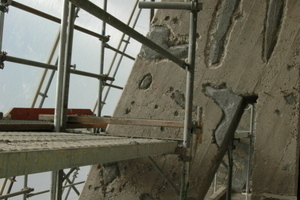 Die Betonüberdeckung war nicht überall ausreichend, so dass ausgebessert werden musste Foto: Vera Lisakowski / koelnarchitektur.de