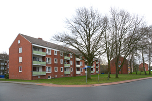 Die vier baugleichen mehrgeschossigen Wohnhäuser hatte man in Westerstede 1966 aus zweischaligem Mauerwerk ohne Dämmung erbaut<br />