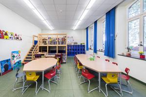 Klassenraum nach Abschluss aller Sanierungsarbeiten
