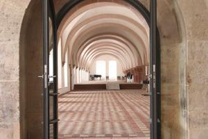 Eingang in das Laienrefektorium im Untergeschoss des Konversenbaus<br />