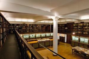 Rechts: Das Kupferstichkabinett im Erdgeschoss ist der einzige denkmalgeschützte Raum im Altbau<br />Foto: Toma Babovic<br />