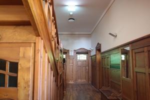 Treppenhaus der Villa nach Abschluss der Restaurierungsarbeiten<br />