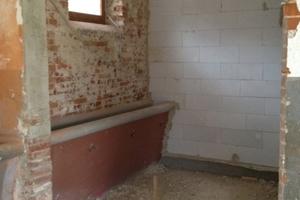 Ansicht aus der Bauphase: Badezimmer mit Trog<br />
