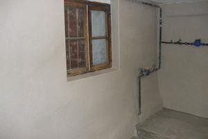 Instandgesetzte Wandflächen im Sanierputzsystem der Remmers Baustofftechnik
