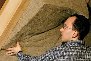Zwischensparrendämmung aus Hanfmatten Foto: Hock Thermohanf
