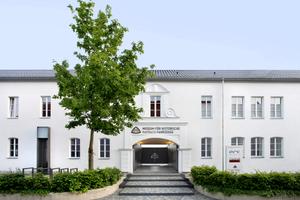 """In Neumarkt entstand das """"Museum für historische Maybach-Fahrzeuge"""" in einem Industriedenkmal"""