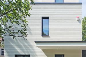 Den 1. Preis in der Kategorie WDVS-Fassaden gab es für den überraschenden Umgang mit Putzstrukturen an diesem Einfamilienwohnhaus in Berlin Foto: Stefan Meyer / Brillux