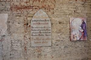 In der Kirche des Franziskanerklosters in Zeitz hat selbst Martin Luther gepredigt. Das heute entweihte Gotteshaus wurde ab dem 13. Jahrhundert erbaut und besitzt noch weitgehend seinen mittelalterlichen Baubestand