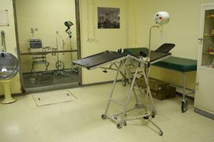 Das kleine Krankenhaus für Notfälle im Atombunker