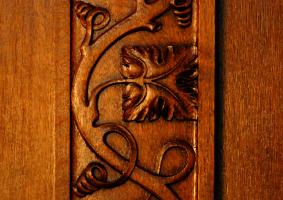 Kunstvolle Schnitzerei der Holzverkleidung in der Villa Seligmann<br />